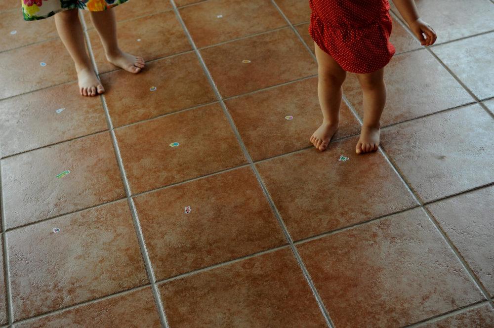 bose nogi dzieci