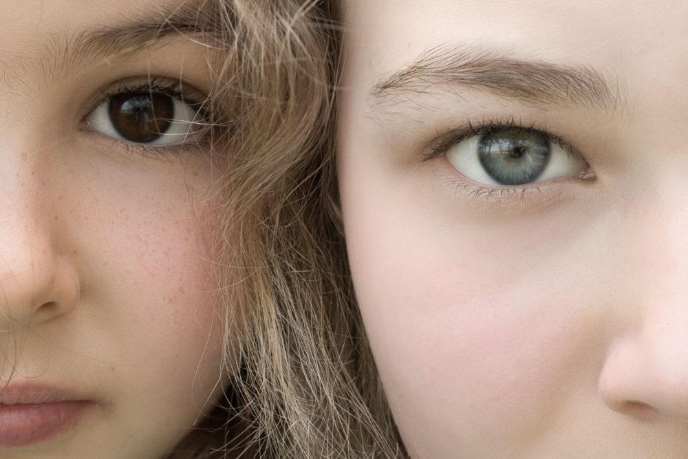 dwie dziewczynki oczy