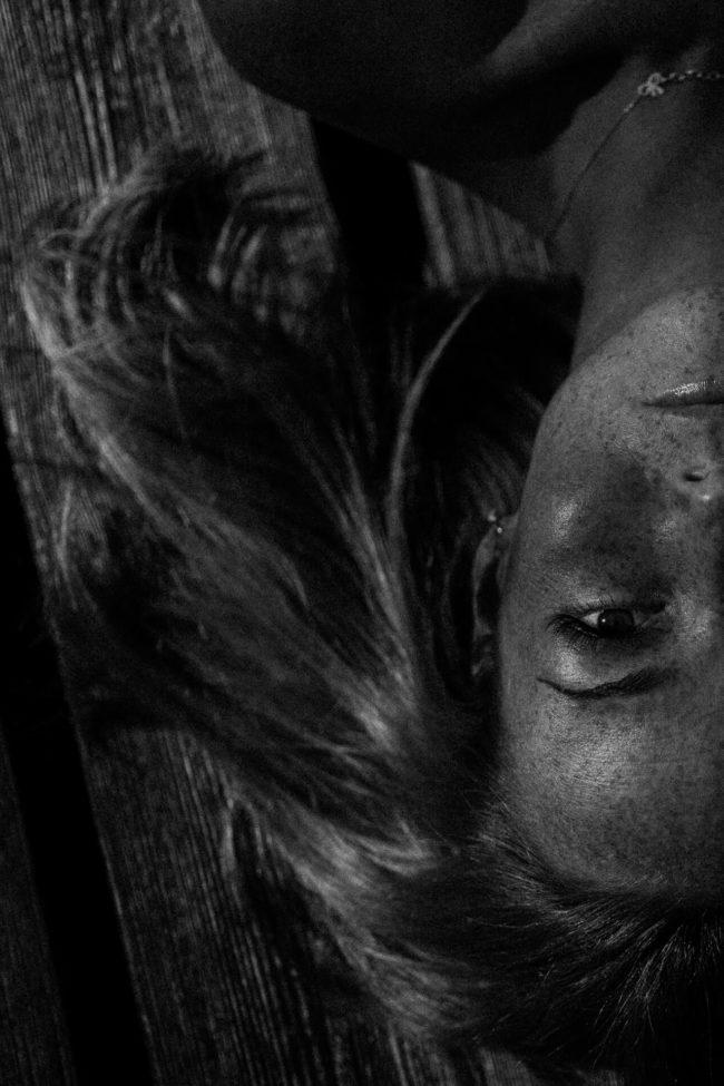 czarno-biały potret kobiety